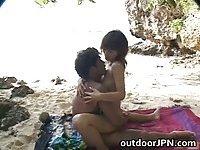 Ann Nanba enjoys super outdoor sex
