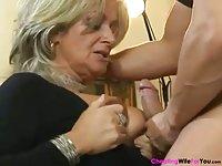 Chubby wife Karola Likes it rough