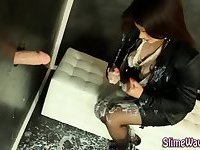 Heeled glam slut gets wam