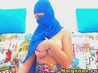 ISIS Girl Gets Nude on Webcam