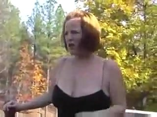 Hungry milf wants sex outdoor